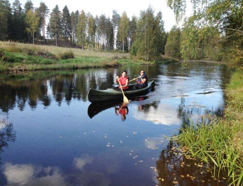Kanootilla Jyllinjoella